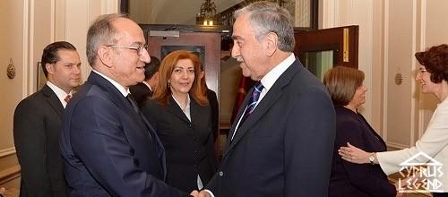 Акинчи встретился с группой поддержки Северного Кипра в Лондоне
