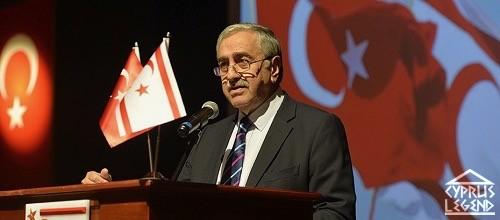 Бесконечные переговоры по Кипру не приносят пользы