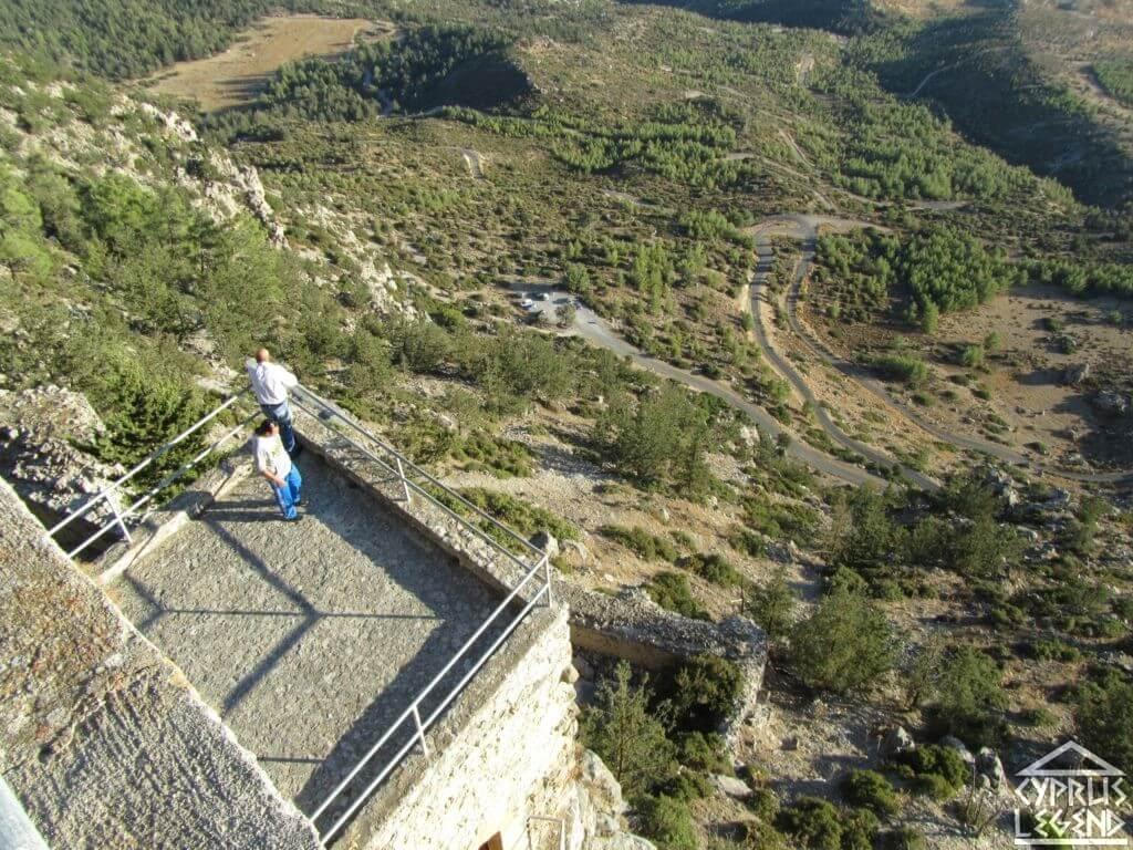 Замок Буффавенто с высоты