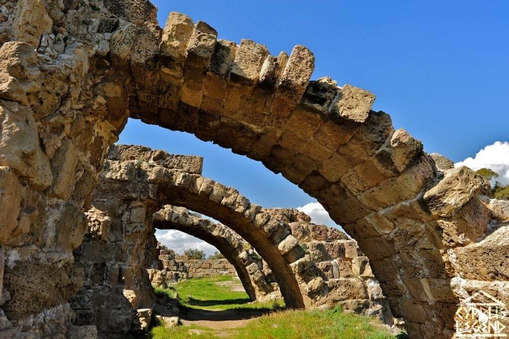 Древний город Саламис
