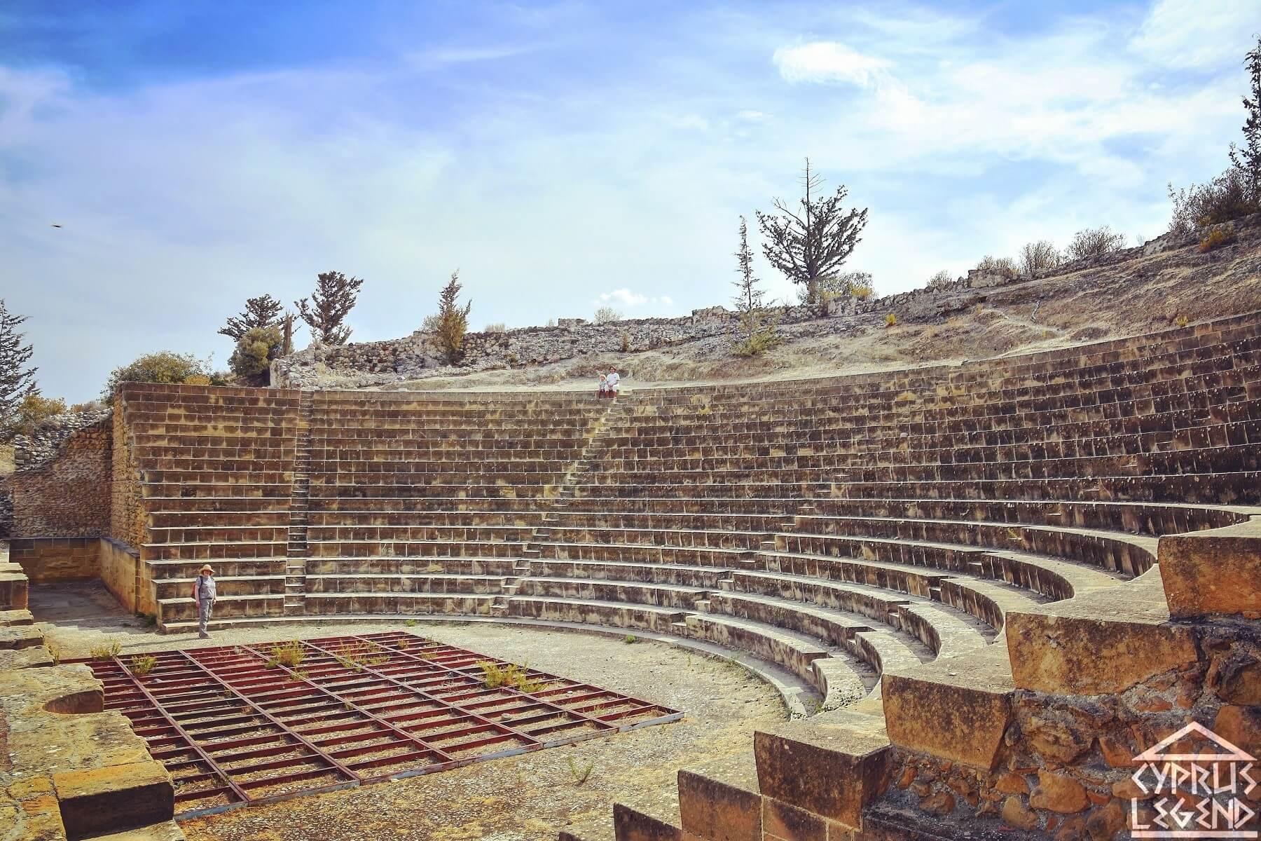 Древний город Соли амфитеатр
